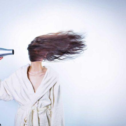 Feniranje kose bez oštećenja uz ove trikove