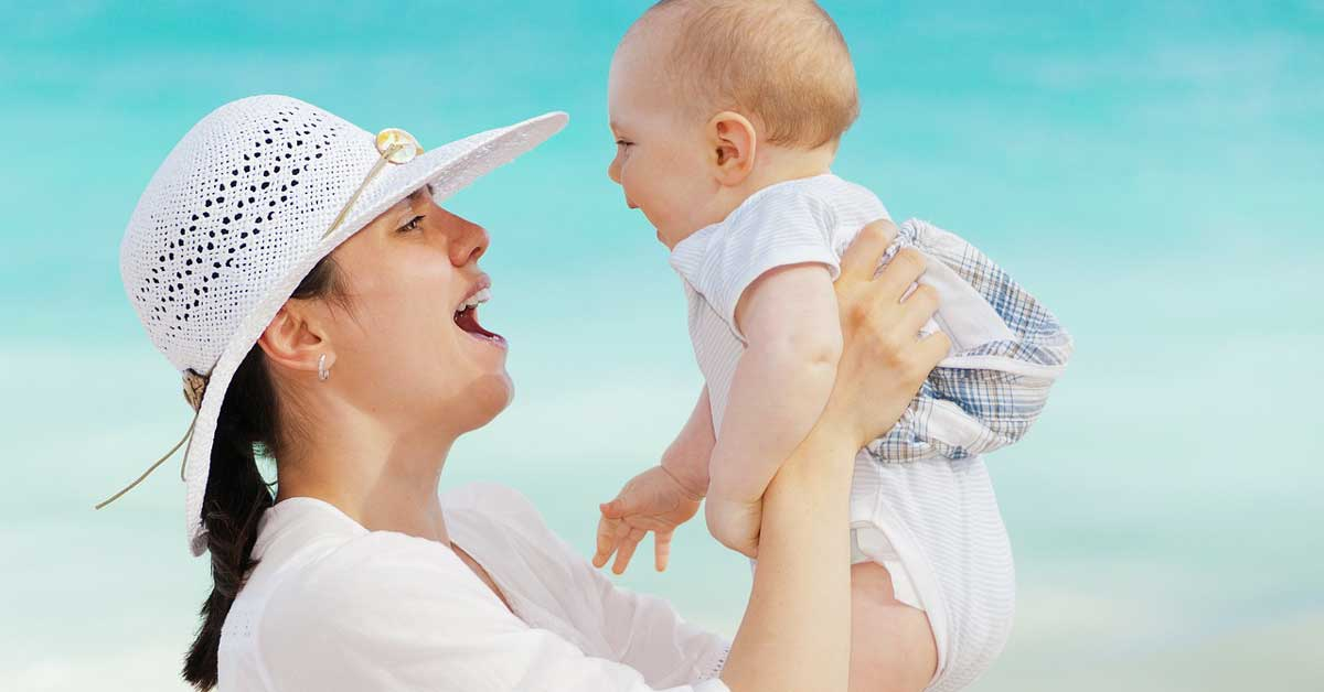 Ako se desi opadanje kose posle porođaja, evo šta treba da radite