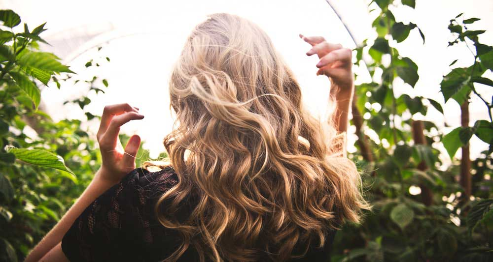 karamel boja kose
