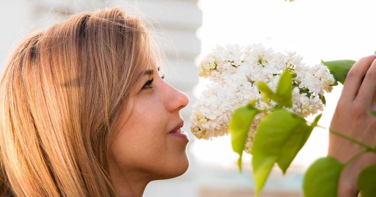 Kosa boje meda za nežne i romantične dame!