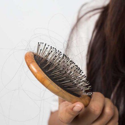 Kako sprečiti opadanje kose od stresa?