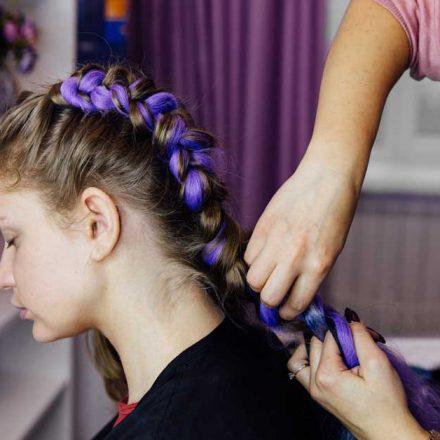 Kako da pletenica u kosi izgleda drugačije?