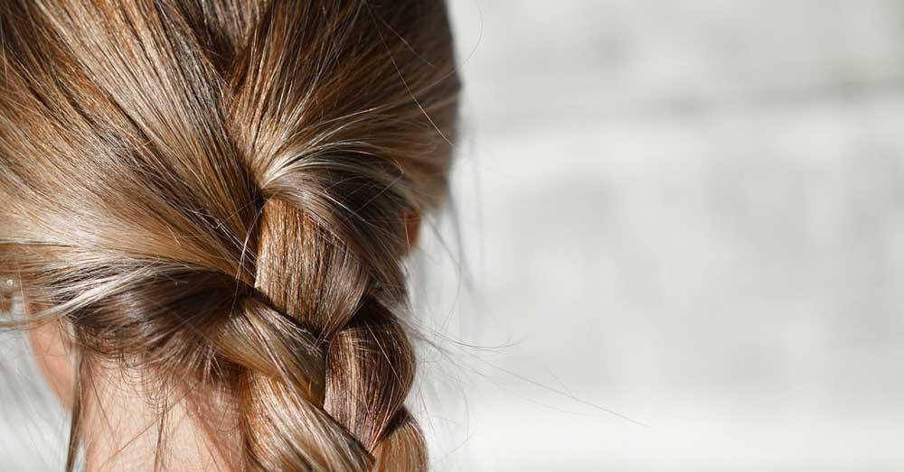 kako napraviti brze frizure za dugu kosu