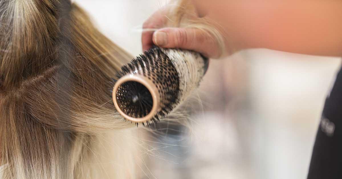 Ima li svojih prednosti četka za ispravljanje kose?