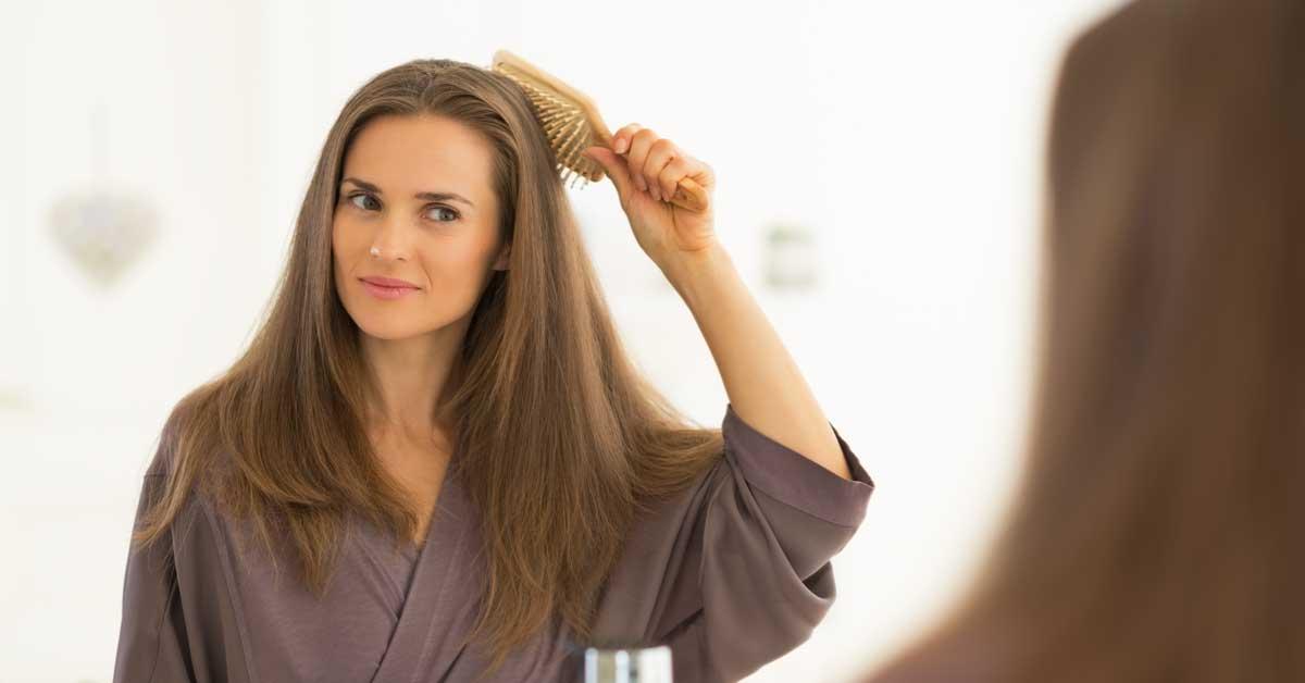 Naravno da postoje pravila!Evo kako češljati kosu!