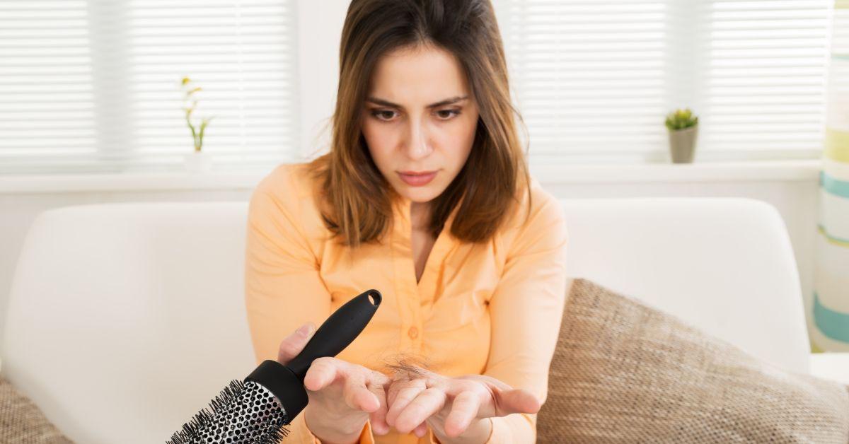 Zaustavite difuzno opadanje kose na ovaj način!