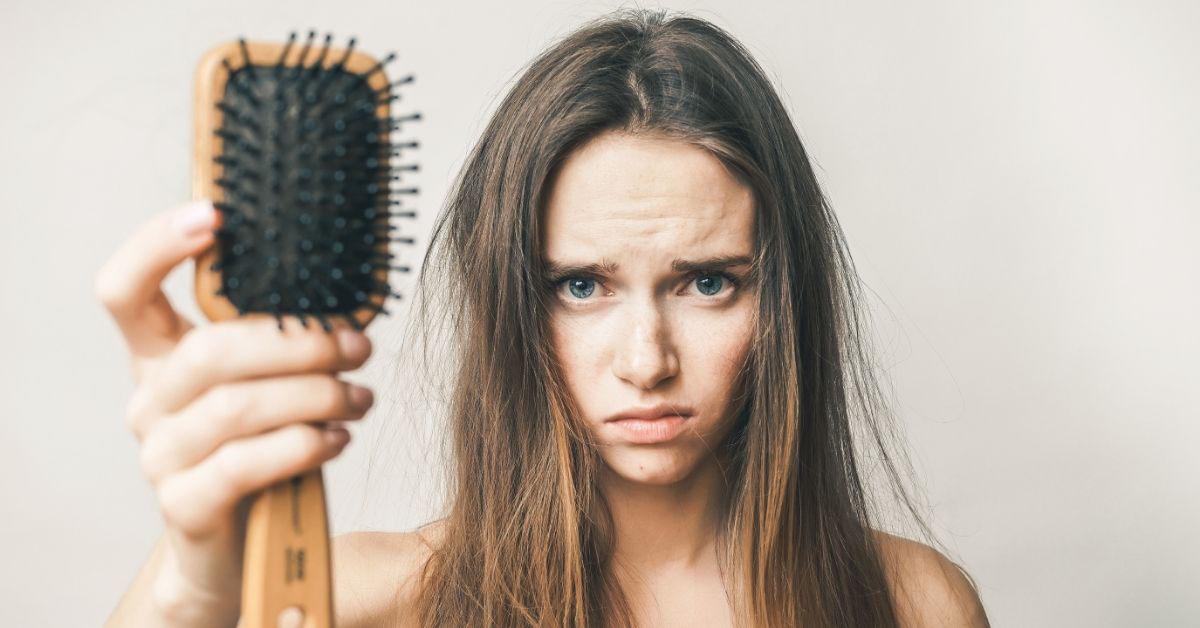 Kako sprečiti opadanje kose? Trajno i efikasno!