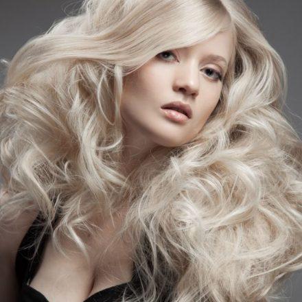 Biserno plava boja za kosu + saveti za šminkanje!