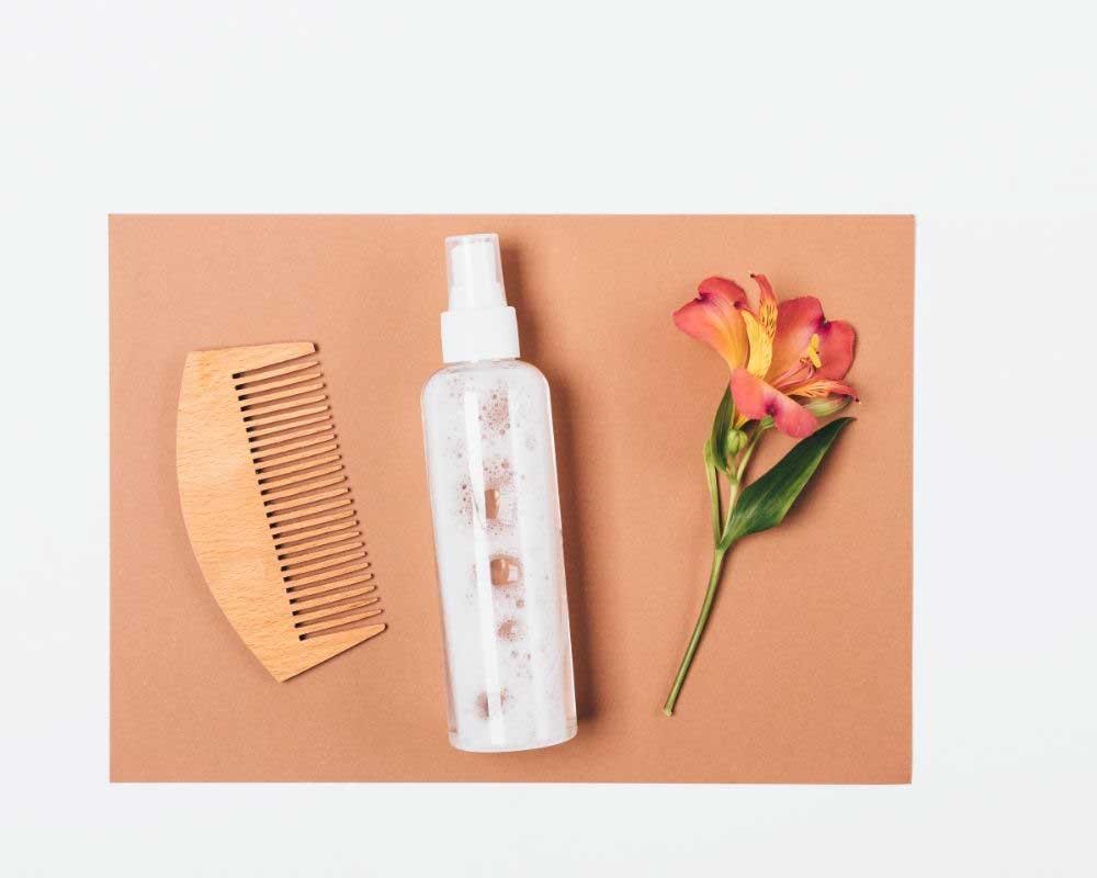 prirodni sprej za suvu kosu