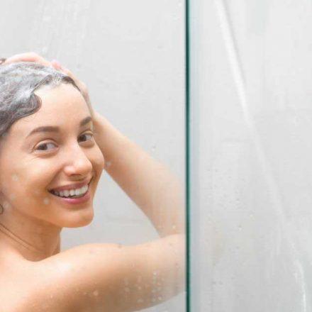 Ima li efekta šampon za ispravljanje kose?