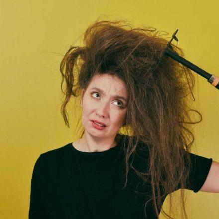 Kako jednostavno razmrsiti zamršenu kosu?