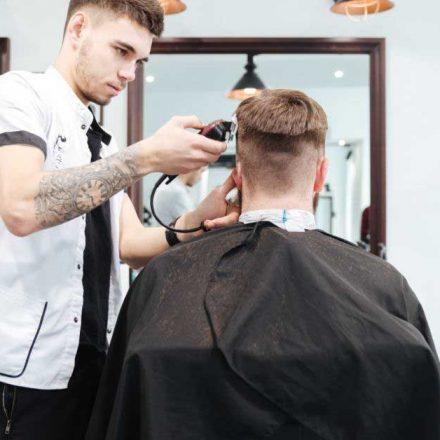 Fade frizura – savršen izbor za modernog muškarca!