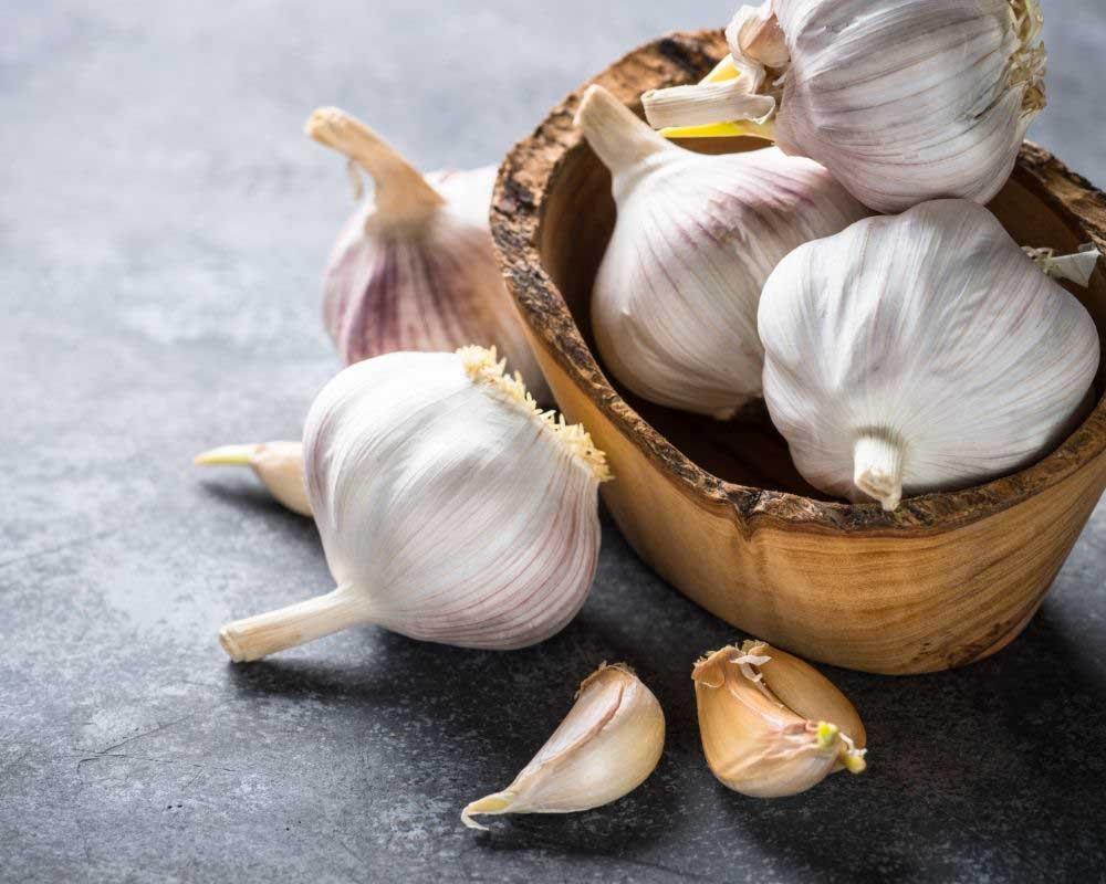 recept protiv opadanje kose sa belim lukom
