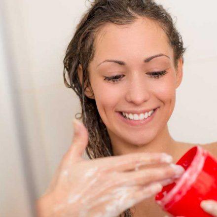 Značaj hidratantne maske za kosu!