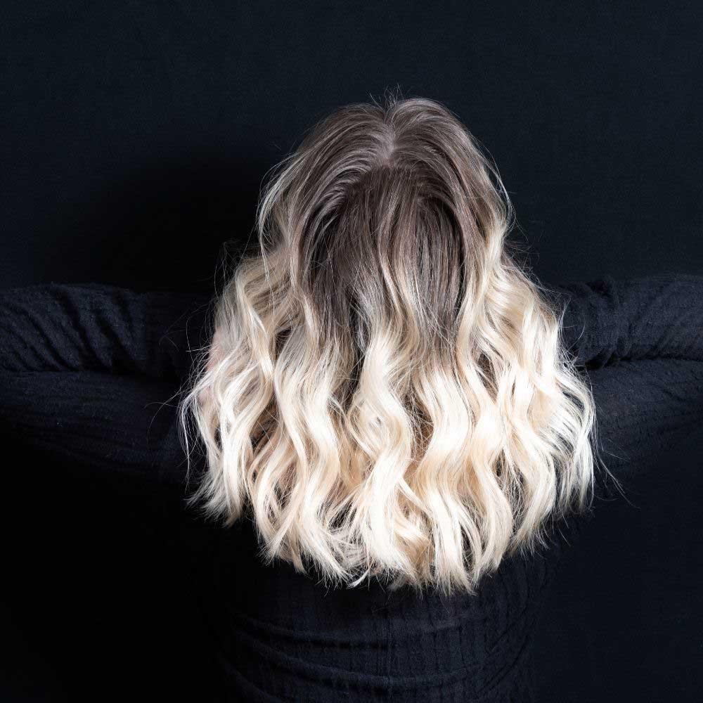 frizure za srednju dužinu kovrdžave kose