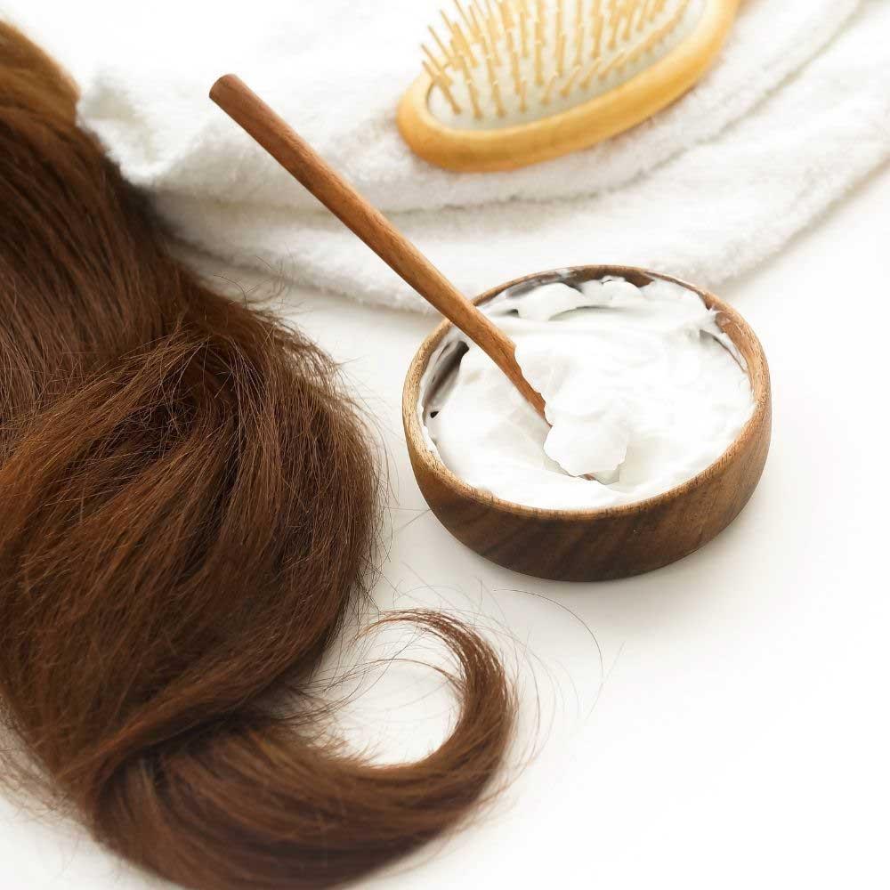 domaće pakovanje za suvu kosu